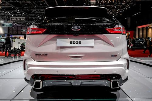 Ford Edge, il restyling al Salone di Ginevra 2018 (4)