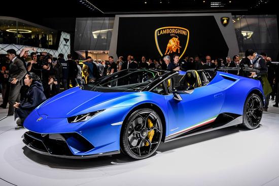 La Lamborghini Huracan Performante Spyder