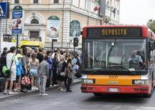 Atac, bufera sui trasporti di Roma tra appalti poco trasparenti e bus a pezzi