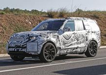 Nuova Land Rover Discovery: eccola su strada, arriverà nel 2016