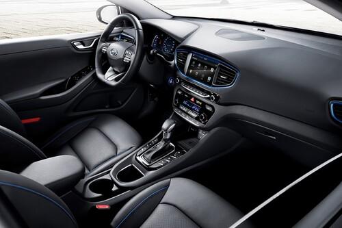 Hyundai Ioniq: ecco la rivale della Prius (2)