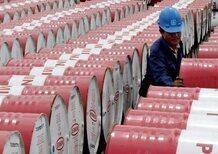 Perché il petrolio a prezzi stracciati fa tremare il mondo