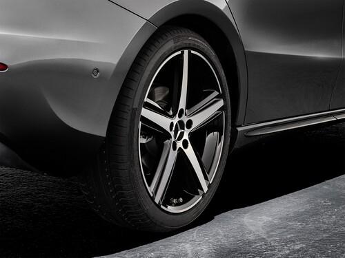Mercedes Classe A 2018, ricca gamma accessori sportivi (3)