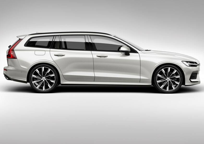 Volvo V60 D3 Geartronic R-design (2)