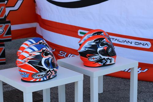 Suomy e Dovizioso da Ducati Brothers Moto Ancona