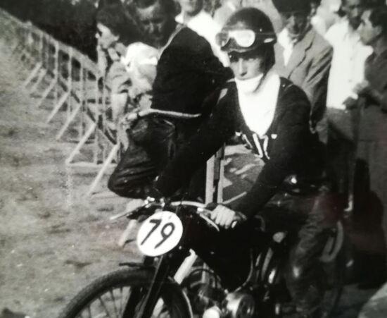 Con il Guzzino 65 nel 1949