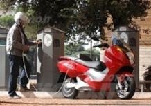 Incentivare la rottamazione di veicoli inquinanti per l'acquisto di un Maxi-Scooter Elettrico, quest