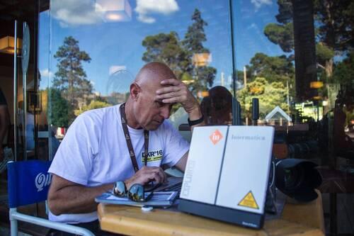 Dakar 2016: Temporary Internet Satellite Café Intermatica (7)