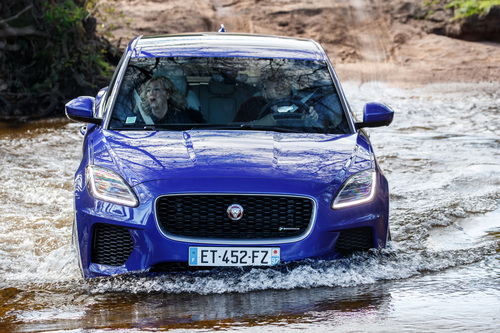 Jaguar E-Pace, arriva un nuovo motore benzina (7)