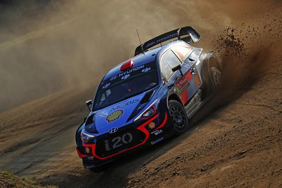 Non si risparmiano le i20 WRC