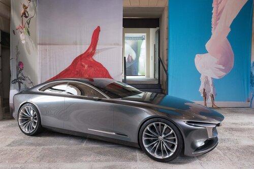 Mazda Vision Coupé a Milano, con il nuovo stile artistico della Casa giapponese [video] (3)