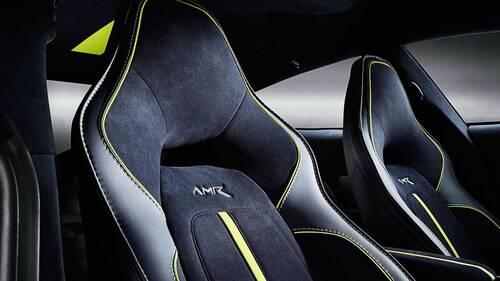 Aston Martin Rapide AMR, la serie limitata da 600 CV (4)