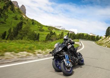 Yamaha Niken a 20.000 Pieghe - Day 2: è lei la moto con più haters? Sentiamo cosa dicono all'estero