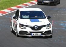 Renault Megane RS Trophy, 300cv per battere la concorrenza?