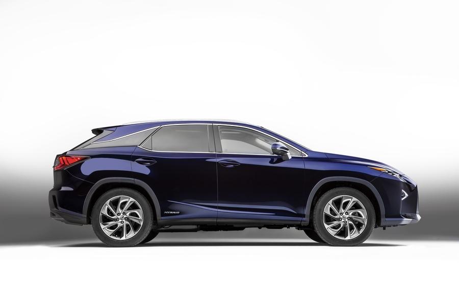 Lexus RX (4)