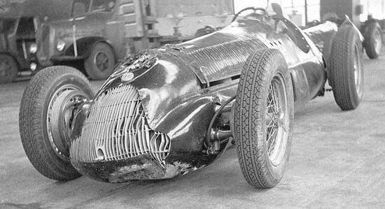 L'Alfa 158 di Varzi dopo l'incidente