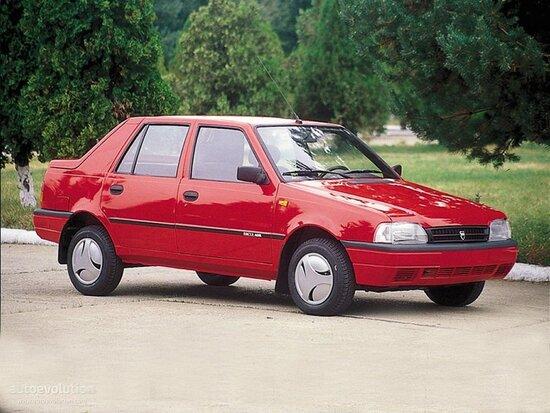 La Dacia Nova del 1996 è la prima auto interamente progettata e costruita in Romania