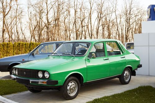 """Dacia e Renault, i primi 50 anni della """"liaison"""" franco-rumena (2)"""