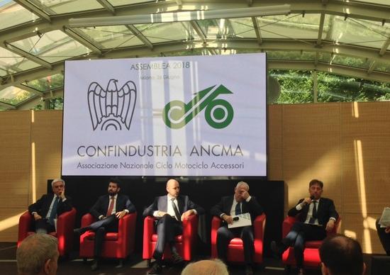 Mobilità e sicurezza per il futuro: le proposte ANCMA in otto punti