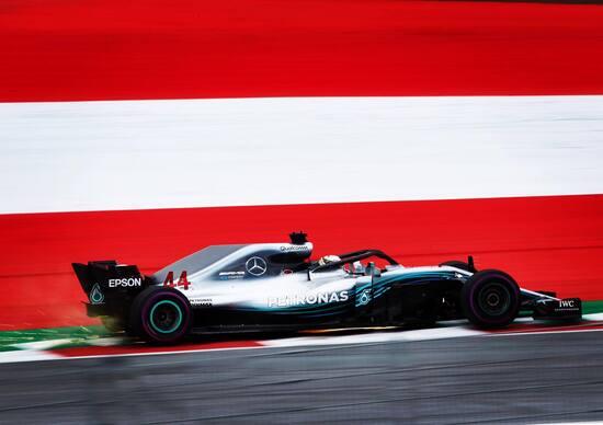F1: Silverstone, Hamilton in pole