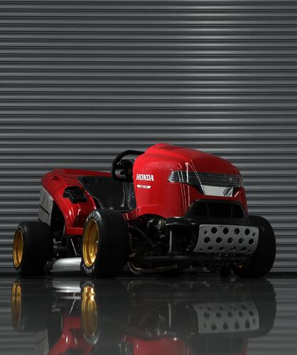 Honda Mean Mower V2, il tosaerba record da 240 km/h  (4)