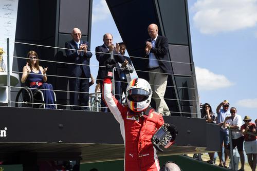 F1, GP Silverstone 2018: Mercedes-Ferrari, volano scintille (5)
