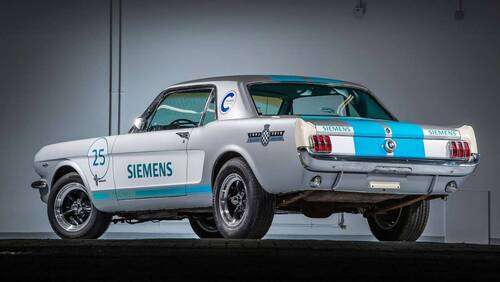 Ford Mustang, a Goodwood un esemplare a guida autonoma (2)