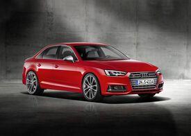 La nuova Audi S4 berlina