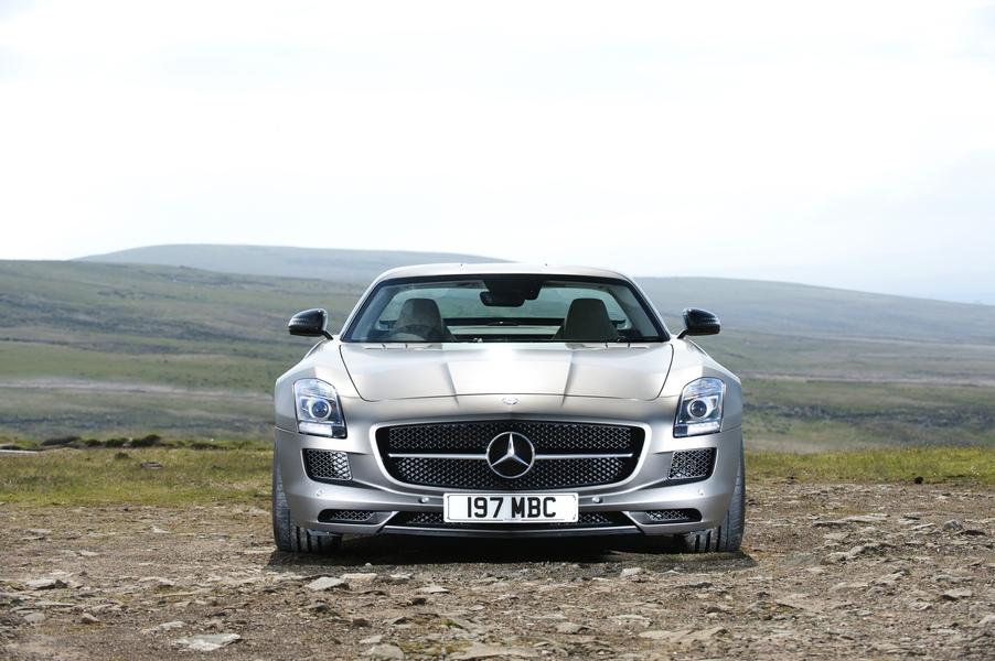 Mercedes-Benz AMG GT (5)