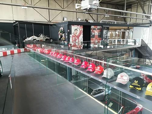 F1: visita al museo dedicato a Michael Schumacher (3)