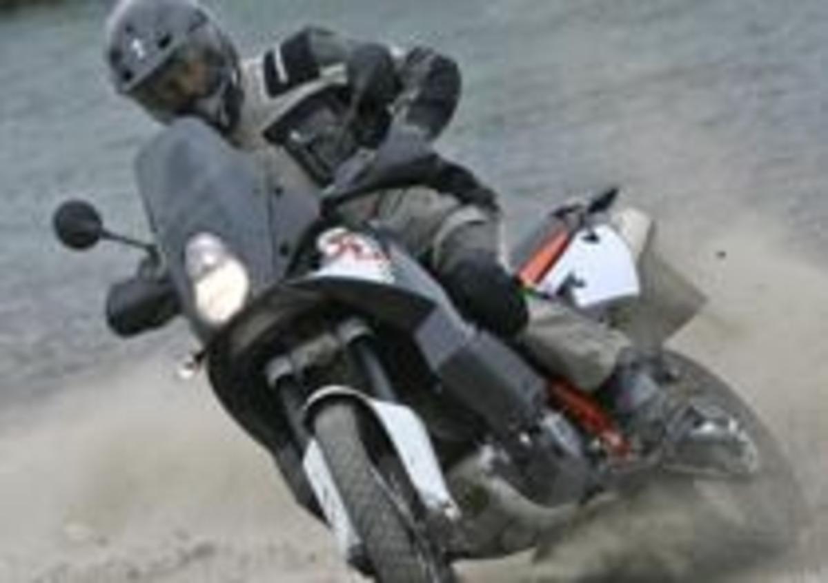Schema Elettrico Ktm 990 Adventure : Prova ktm adventure r prove moto