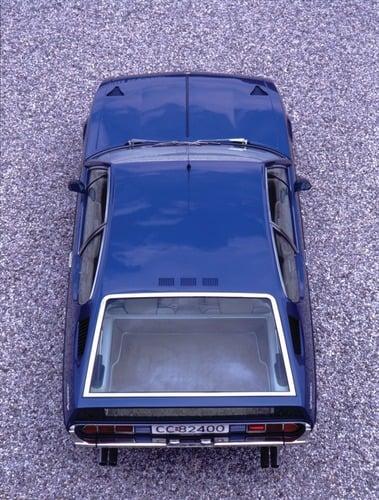 Lamborghini Espada, 50 anni fa nasceva la prima 4 posti del Toro (3)