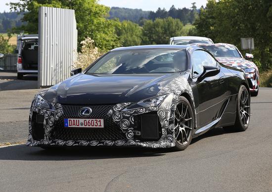 Lexus LC-F in arrivo la coupé cattiva?