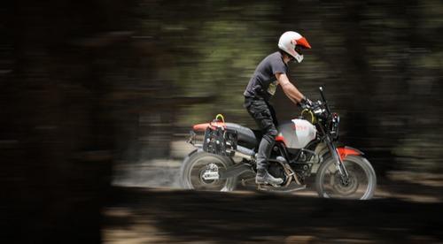 Ducati Scrambler Desert Sled Earle Alaskan, quando enduro fa rima con Ducati (2)