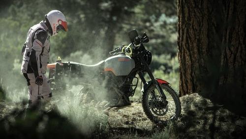Ducati Scrambler Desert Sled Earle Alaskan, quando enduro fa rima con Ducati (4)