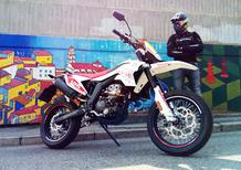 F.B Mondial SMX 125 Motard. Ragazzi che divertimento!