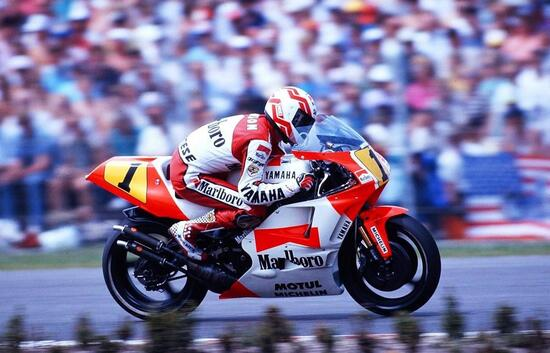 Eddie Lawson con la Yamaha 500 nel 1990