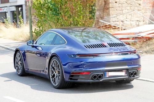 Nuova Porsche 911, serie 992: eccola in veste definitiva? (4)