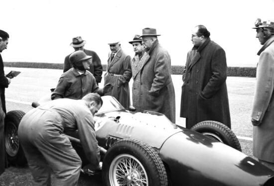 Enzo Ferrari amava presenziare a tutti i collaudi delle proprie auto da corsa