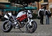 Svelata la Ducati Monster 796