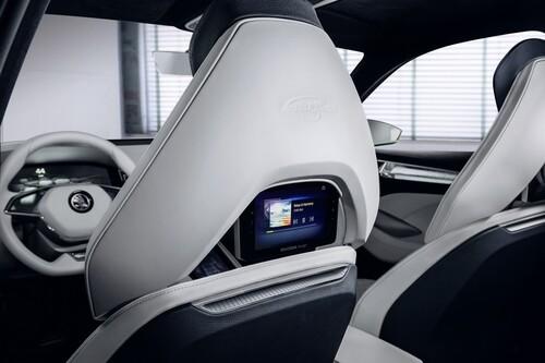 VisionS Concept: così sarà il SUV ibrido di Skoda (6)