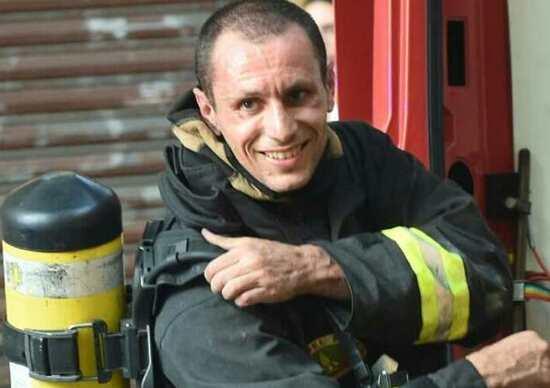 Incidente Bologna, il pompiere: «Tanti facevano foto invece di chiamare i soccorsi»