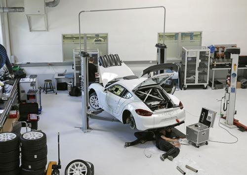 Porsche Cayman GT4 Clubsport Rally Concept, Cayman da rally (4)
