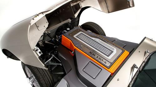 Jaguar, la rinascita elettrica della E-Type. Diventa un modello di serie (5)