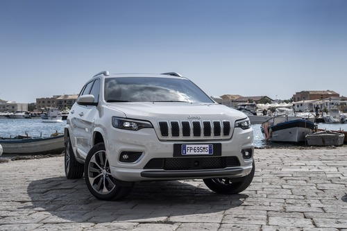 Jeep Cherokee 2019, ecco come è cambiata [Video e foto] (5)
