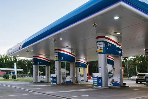 Prezzo benzina, Bitonci: primo taglio accise in vista