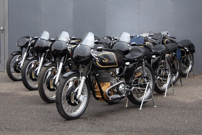 AJS 7R, in vendita le moto che hanno conquistato tre titoli di fila all'Isola di Man