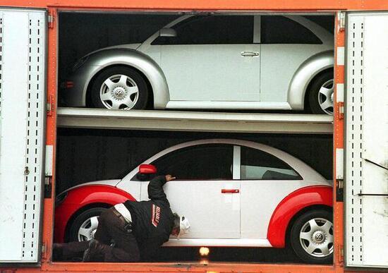 Volkswagen Maggiolino, stop alla produzione il prossimo anno