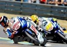 Rossi e Lorenzo: compagni contro. La sfida riparte dal Mugello