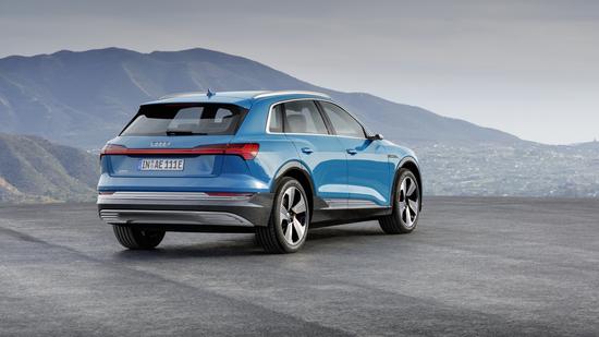 Il posteriore della Audi e-tron